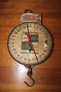 Old Purina Feed Saver and Cow Culler Hanging Scale London Ontario image 1