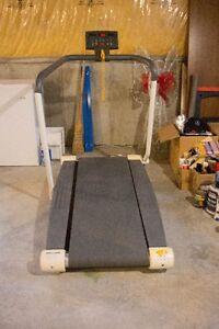 Treadmill - Tunturi 660
