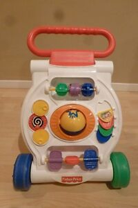 Trotteur - FISHER PRICE - 10.00$