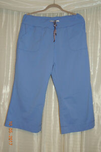 Lululemon still pants size 10