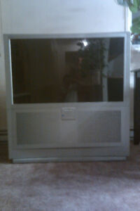 50INCH JVC TV FIRST ONE HUNDRED TAKES HOME