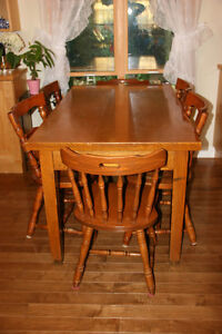 Dinning Wooden Set with Six Chairs and Big Table.Great Condition