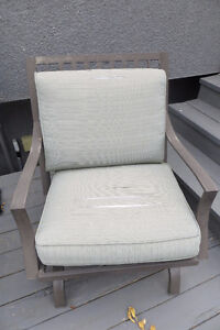 Set of 5 outdoor motion rocker chairs MUST SELL Moose Jaw Regina Area image 4