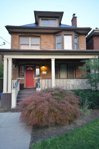 Large Renovated 1-Bedroom + Dens $1500 INCLUDING UTILITIES