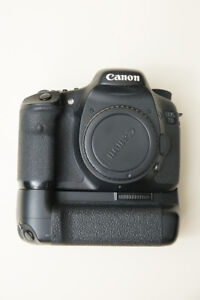 Canon 7D Mark I  Body Only  with Grip
