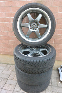 4 Moteri Racing rim and tire