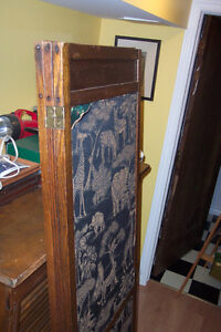 Antique Arts and Crafts room divider: three-piece screen London Ontario image 6