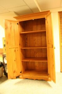 Beautiful Pine Armoire/Wardrobe w/Shelves West Island Greater Montréal image 5