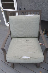 Set of 5 outdoor motion rocker chairs MUST SELL Moose Jaw Regina Area image 3