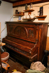 Antique Organ. Lovely piece of furniture.