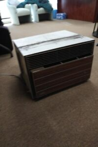 air conditioner - Carrier Brand - suitable for office or home