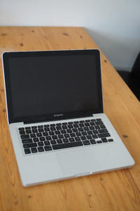 13 inch - 2010 Macbook pro for parts ONLY