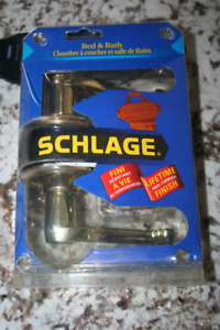 Schlage Bed & Bath brass Lever Door Knob Brand New