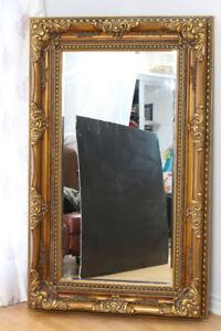 Magnifique miroir décoratif