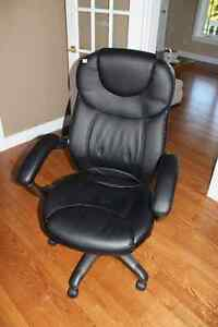 Office Manager/Executive Chairs