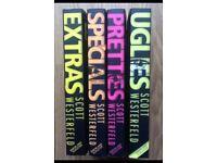BOOKS SCOTT WESTERFELD. UGLIES, PRETTIES, SPECIALS, EXTRAS