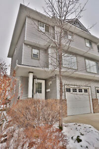 Immaculate 3 Bed Townhouse In Desireable Crystal Shores, Okotoks