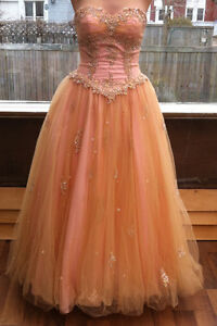 Beautiful Alfred Angelo Formal Prom Dress (Size 4)