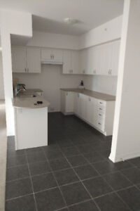 2 Bedroom 2 Bathroom Condo Available Oct 1st $1850/mth