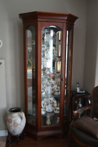 Bühler Curio with 5 glass shelves (Display cabinet)