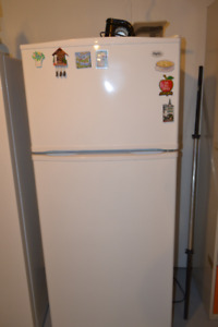 1 inglis fridge and freezer