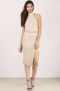Two-piece set: high neck top with skirt in Gold