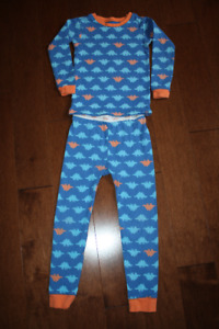 Baby GAP 2 Piece Long Sleeve Pyjama Set - Dinosaurs- 5T