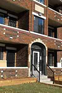 Fabulous NEWLY RENOVATED BLDG-ONE BEDROOM APTS Central Hamilton
