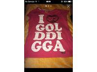 AGES 11/12 YEARS GOLDDIGGA T/SHIRT
