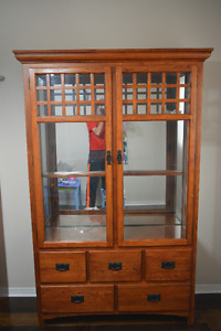 Solid wood hutch china cabinet with glass doors/shelves