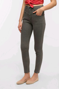 Urban Outfitters BDG size 28 (6) high rise seamed jean