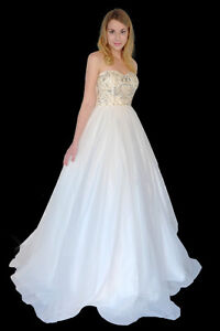Tulle bottom beaded top wedding/prom gown - Mint condition