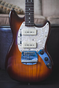 Fender Modern Player Mustang