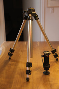 Manfrotto Tripod 055 with or without pistol grip - good deal!