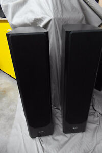 Axiom M60TI Speakers in perfect condition