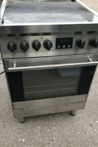 24'' Apartment Size Stainless Steel Stove..$150.00..647 970 1612