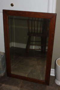 Antique OAK Framed Mirror in Excellent Condition