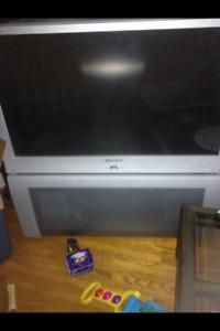 36 inch Panasonic TV flatscreen