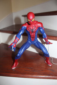 Amazing Spiderman Motorized Web-Shooting Figure