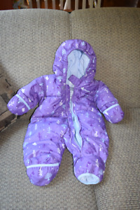 Columbia feather down baby snowsuit (6months)