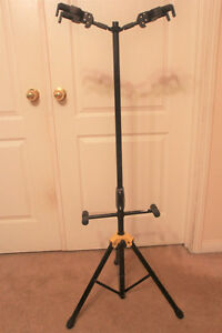 Dual guitar stage stand