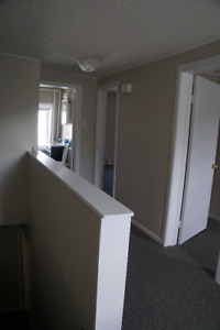 One bedroom downtown Feb 15