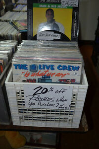 RECORDS CDs TAPES + 3 AFFORDABLE TURNTABLES & RECEIVERS SPEAKERS Windsor Region Ontario image 7
