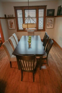 Bermex Formal Dining room set w/ 8 chairs
