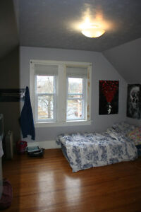 4 Bedroom Student House for Rent - INCLISIVE & on TRENT Express