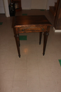 small desk table with drawer