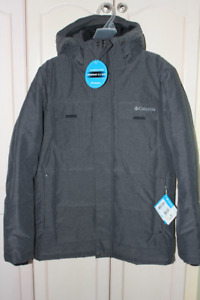 COLUMBIA MEN'S WINTER COAT SIZE SMALL, ** NEW **