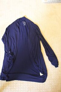 Lot of XS/S Maternity Clothes for sale; great condition London Ontario image 10