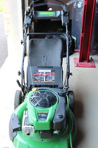 Self Propelled, Electric Start Lawnmower