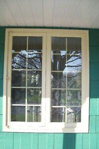 Fenêtre en bois 51 po x 61 po